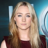 beauty-2013-03-Saoirse-Ronan-smoky-eyes-eyeliner-makeup-main.jpg